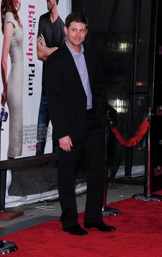 """Jensen at the premiere of """"The Back Up Plan"""""""