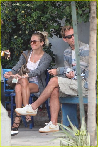 Jude Law & Sienna Miller: Flight Ban Lifted!