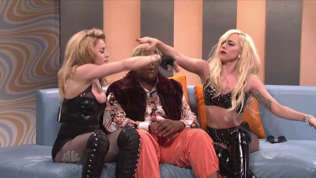 """Lady GaGa Live In """"Saturday Night Live"""" With Madonna (10/03/09)"""