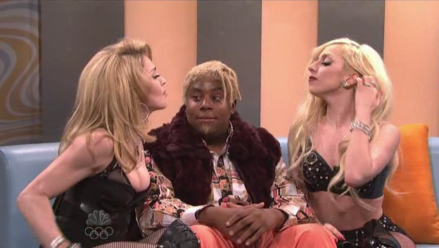 "Lady GaGa Live In ""Saturday Night Live"" With マドンナ (10/03/09)"