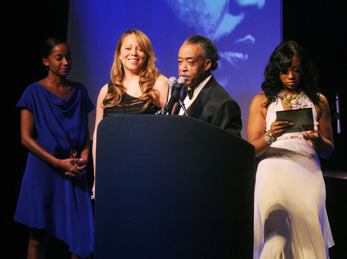 Mariah At The Keepers Of The Dream Awards Inside!