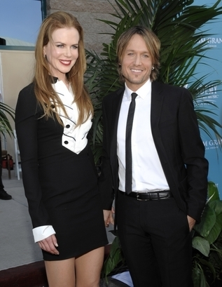 Nicole Kidman and Keith Urban at the Academy of Country Music Awards 2010