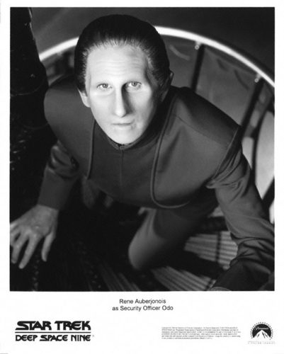 nyota Trek: Deep Space Nine karatasi la kupamba ukuta titled Odo