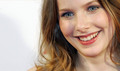 Rachel Hurd-Wood as Wanderer - the-host photo