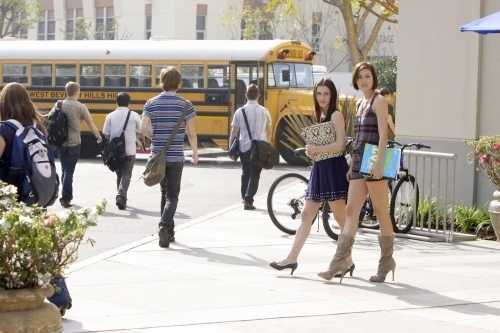 School Scene - 90210 Photo