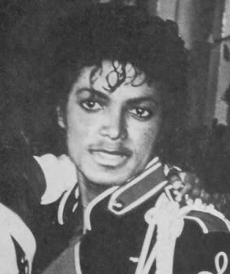 i see Trees of green and red roses too, I'll watch them bloom for me and you :P LOVE YOU MICHAEL<333