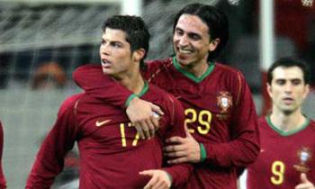 ronaldo embrace
