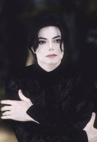http://images2.fanpop.com/image/photos/11600000/you-are-not-alone-Michael-michael-jackson-11636010-405-594.jpg
