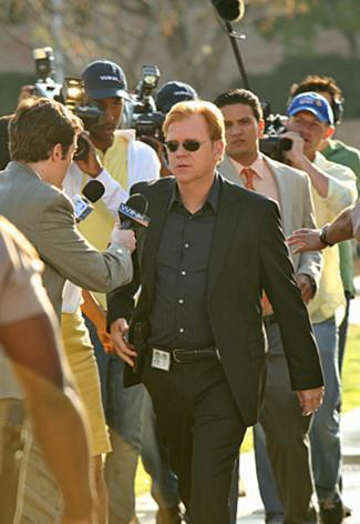 CSI: Miami wallpaper titled 8.24-All Fall Down-Promo
