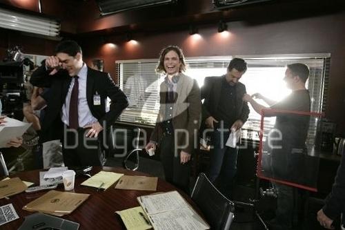 """Criminal Minds wallpaper entitled Behind The Scene 5x16 """"Mosley Lane"""""""