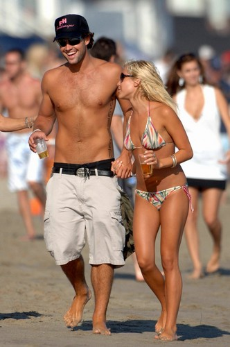 Brody and Kristin - plage