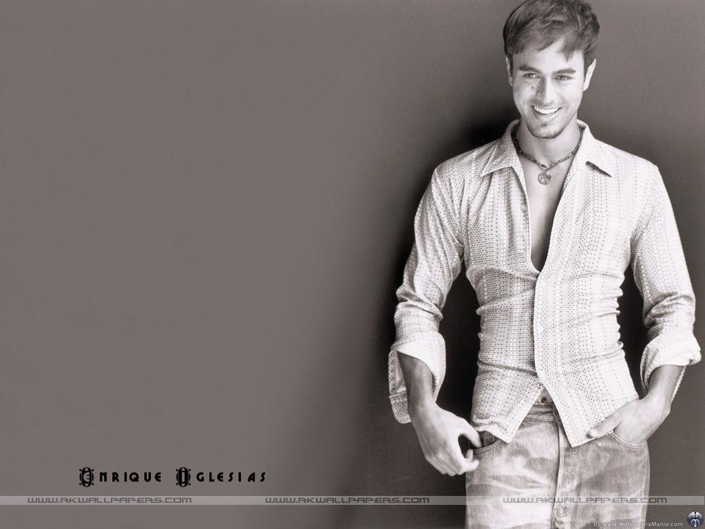 Enrique Iglesias - Wallpaper Hot