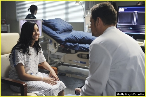 Episode 6.22 - Shiny Happy People - Promotional foto