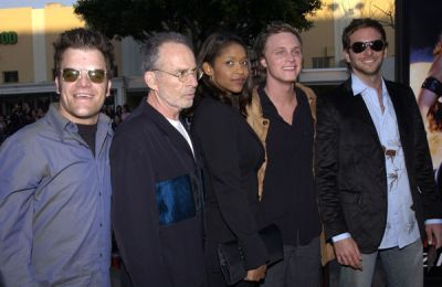 http://images2.fanpop.com/image/photos/11700000/February-09-2003-LA-Premiere-of-Daredevil-david-anders-11758852-400-260.jpg