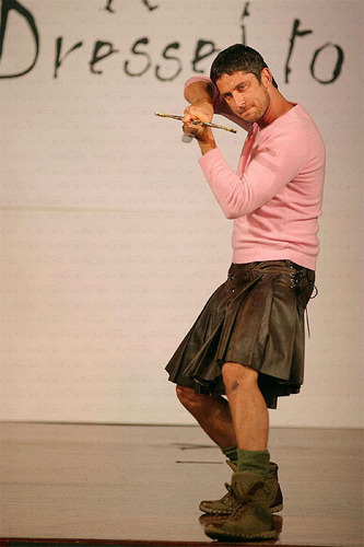 Gerard Butler - kilts Photo