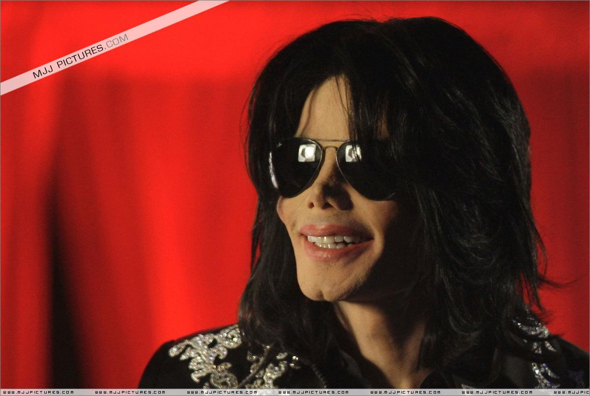 Michael <3 :D We 爱情 你