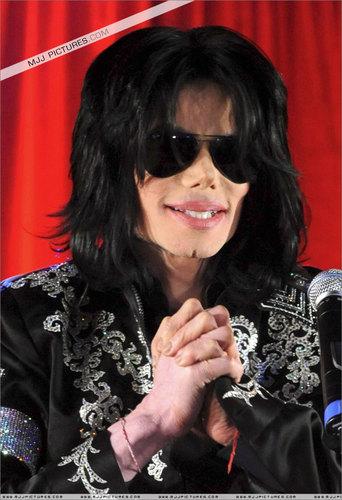 Michael <3 :D We amor tu