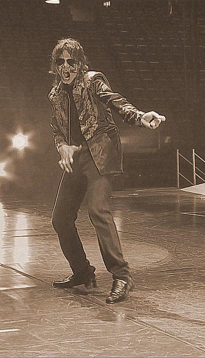 Michael <3 :D We upendo wewe