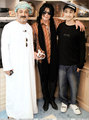 Michael visits Oman 2005 - michael-jackson photo