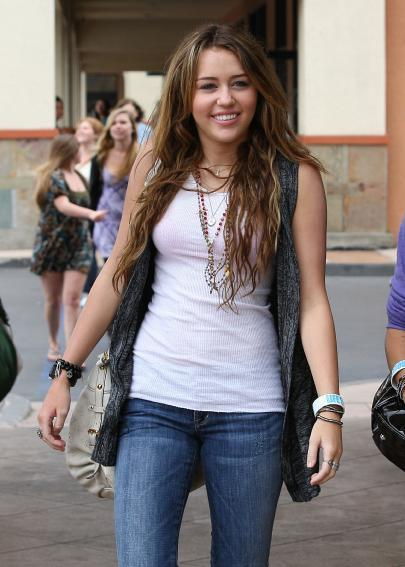 Miley Cyrus Fashion Images Miley Cyrus Wallpaper And Background Photos 11739151