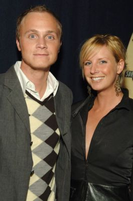 http://images2.fanpop.com/image/photos/11700000/October-19-2005-GQ-and-Levi-at-ACME-david-anders-11791450-265-400.jpg