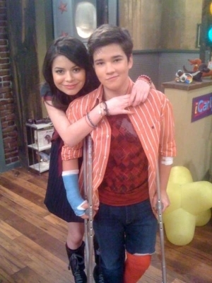 On the icarly set (miranda & nathan)