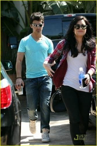 Out in Toluca Lake, CA 4/25
