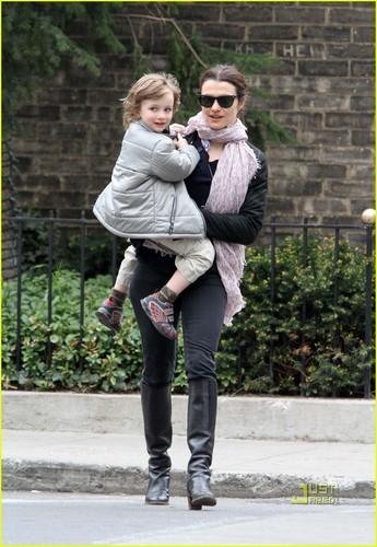 Rachel Weisz Points Out Paparazzi To Son