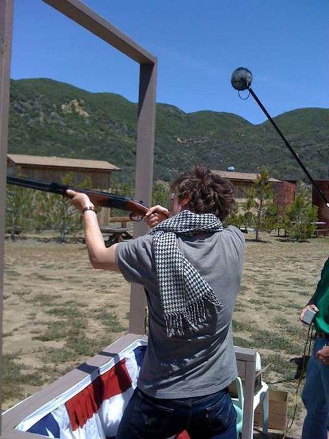 Real gun + Rad scarf = Matthew Gray gubler!