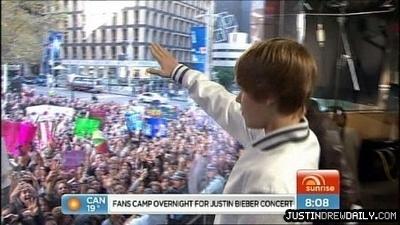ti vi > Interviews/Performances > 2010 > Sunrise Show, Sydney Australia; (April 26th)
