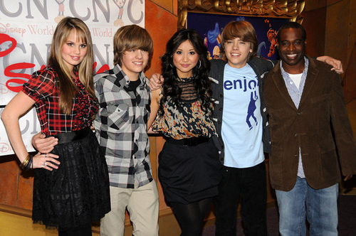 The Suite Life on Deck Cast