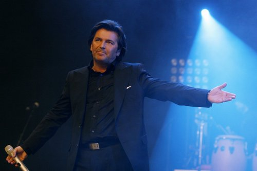 Thomas Anders Hintergrund titled Thomas Anders