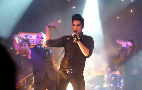 adam performing at gay heaven in ロンドン