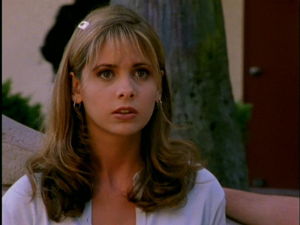 how tall is buffy summers