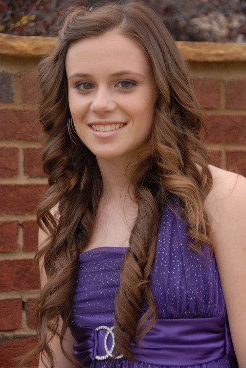 Caitlin Beadles On Twitter 13 Year Old Girl Now Vs Me As: Caitlin Victoria Beadles Photo (11728462