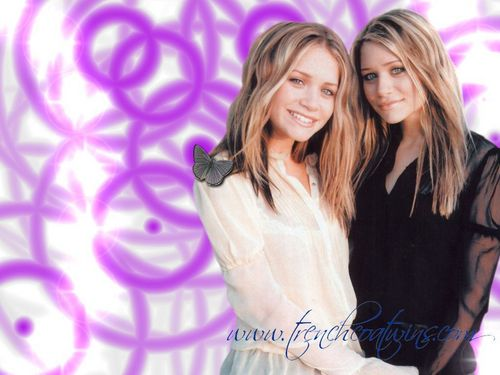 Mary-Kate & Ashley Olsen wallpaper called modeling & magazines