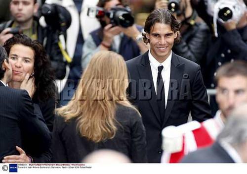 rafa smile 2 at funeral !!!