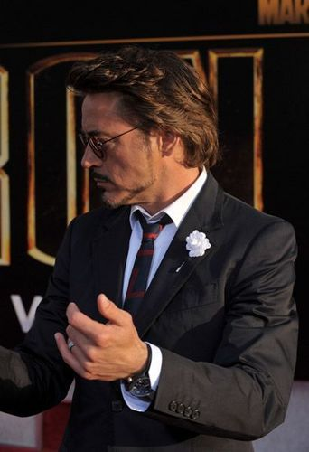 "Robert Downey Jr. achtergrond called ""Iron Man 2″ Los Angeles Premiere"
