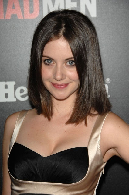 alison brie hot photos. hairstyles alison brie hot