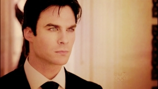 http://images2.fanpop.com/image/photos/11800000/Damon-damon-salvatore-11832418-320-180.jpg