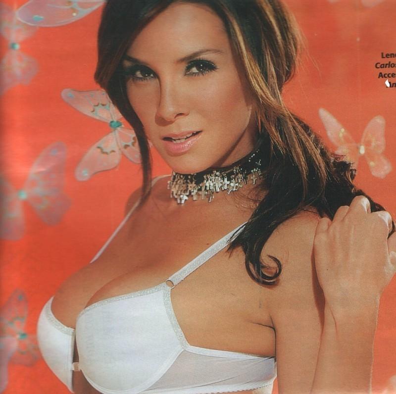 http://images2.fanpop.com/image/photos/11800000/Elizabeth-elizabeth-gutierrez-11804360-800-796.jpg