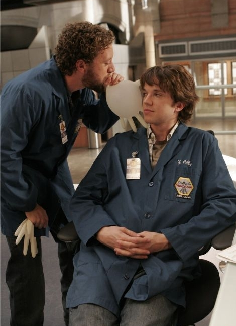 eric millegan leaving bones