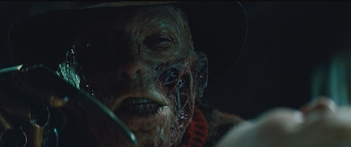 sinema ya kutisha karatasi la kupamba ukuta titled Freddy Krueger (2010)
