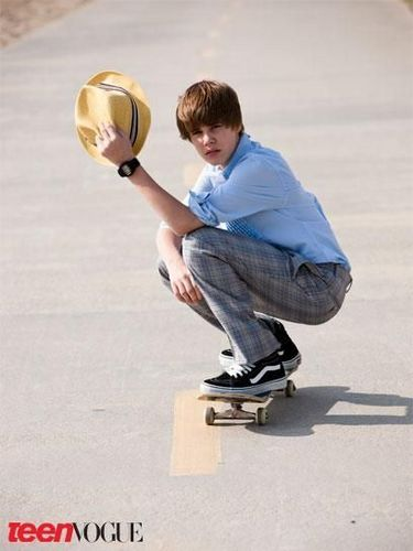 Justin Bieber images Heart Frame wallpaper and background photos ...