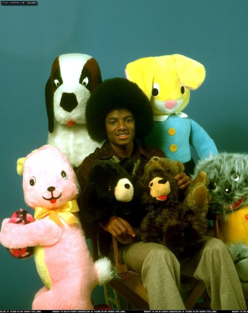 The Jacksons MICHAEL-SO-CUTE-michael-jackson-11885993-810-1023