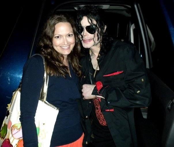 MJ with a fan