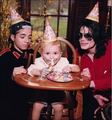 MJ with his kids - michael-jackson photo