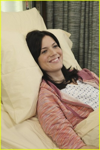 Mandy Moore on Grey's Anatomy -- First Promo Pics!