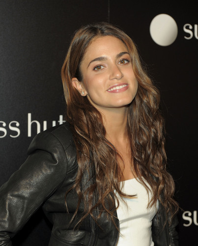 Nikki @Opening of the Fifth Avenue Flagship store in New York
