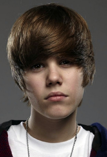 Portraits por Simon Webb - Justin Bieber zoom in (hot face)